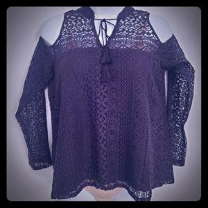 Hollister cold shoulder lace peasant top black Med
